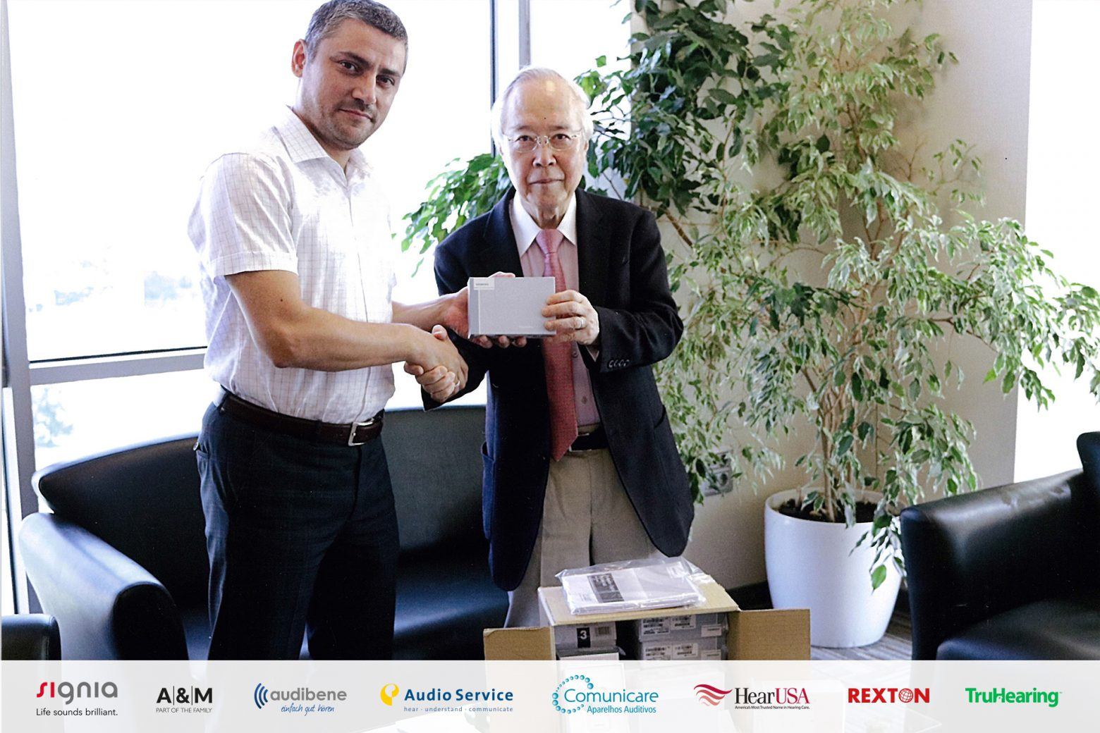 Sivantos Japan donated Hearing aids and batteries